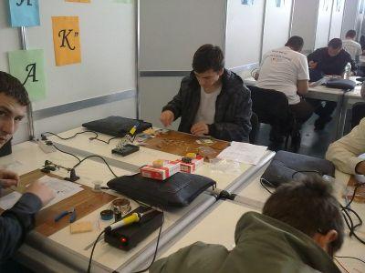 Училищен, регионален и национален кръг на националното състезание по приложна електроника Мога и зная как 2012г.   - Изображение 6